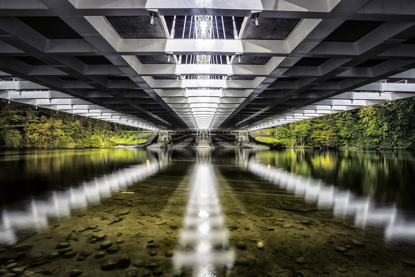 Обои Vimy Memorial Bridge, reflection, strandherd