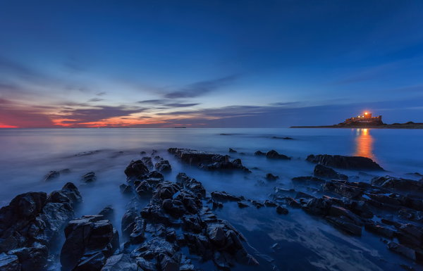 Обои Blue hour, Bamburgh Castle, sunrise