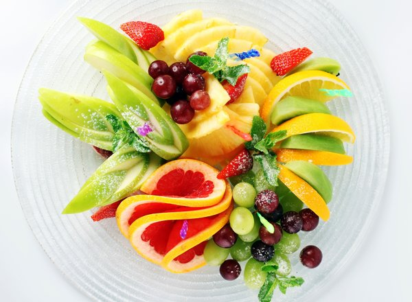 Обои fruit, strawberry, salad, kiwi, grapefruit, dish, pineapple, banana