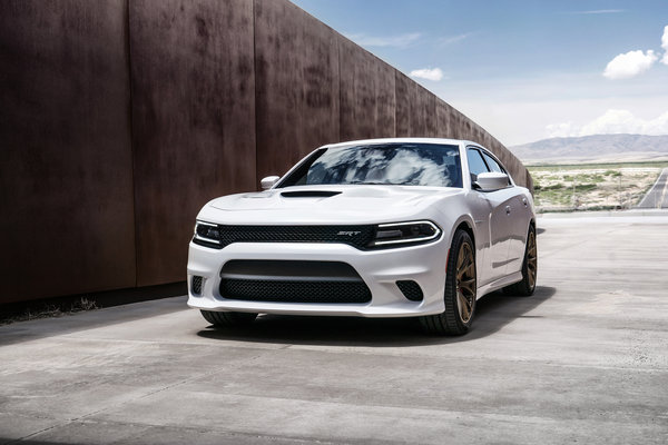 Обои dodge, седан, supercharger, charger, srt, hellcat, 2015