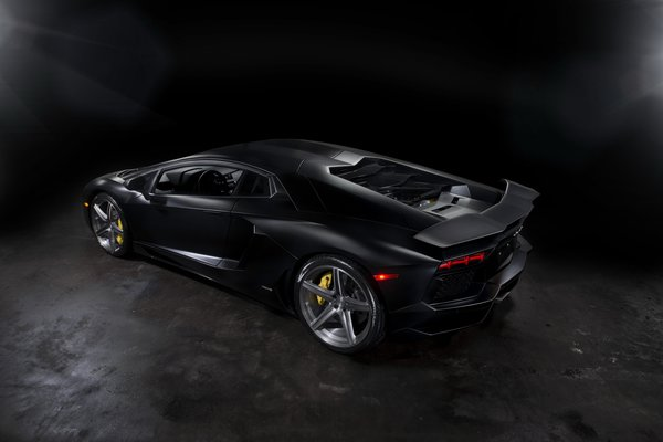 Обои black, headlights, back view, aventador, drives, mat