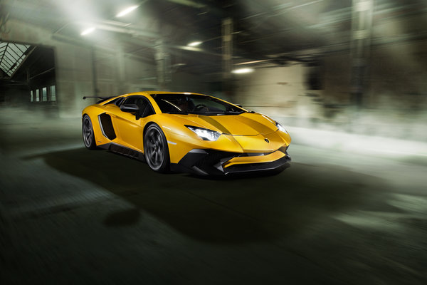 Обои Lamborghini, Torado, Aventador, фары, car, скорость, Novitec, yellow, LP 750-4, light, speed, SV
