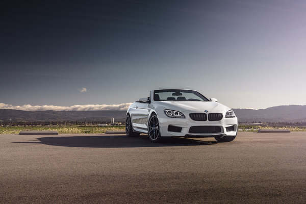 Обои BMW, White, Front, Forged, Wheels, M6, Strasse, Convertible, Sky
