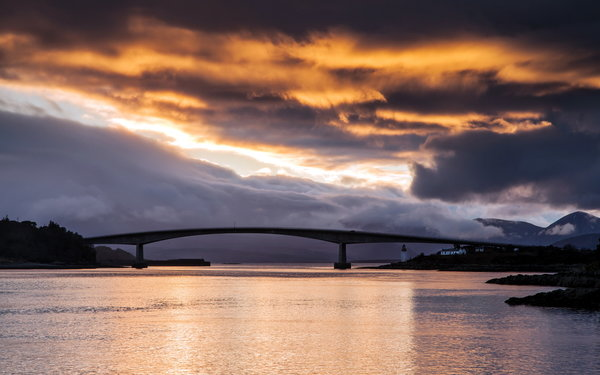 Обои Scotland, Kyle of Lochalsh, Bridge of Fire