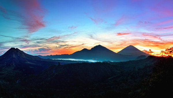 Обои Sunrise at Kintamani, Indonesia, nature, пейзаж, Bali, горы, природа, небо
