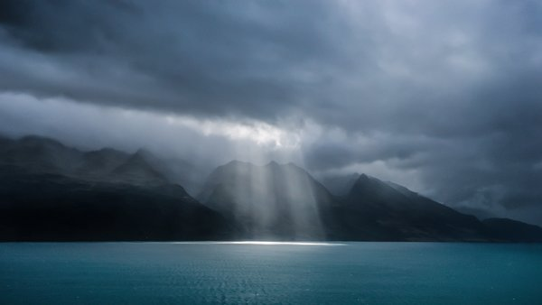 Обои storm, New Zealand, spotlight, Queenstown, Lake Wakatipu