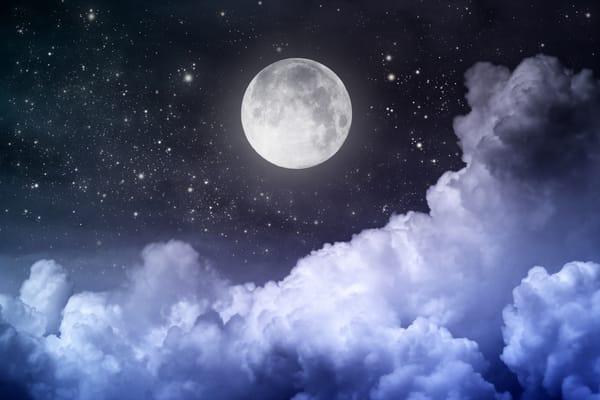 Midnight Moon Moonshine  Strawberry Moonshine  Quality