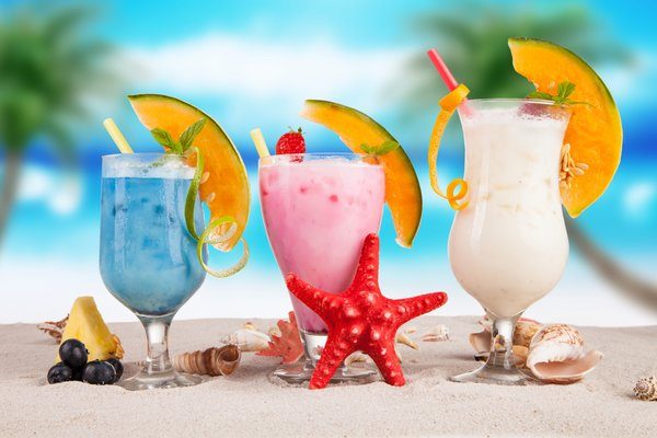 Обои fruit, summer, коктейль, пляж, fresh, drink, фрукты, море, sea, tropical, cocktail, paradise, beach
