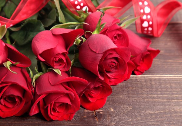 Обои красные розы, roses, valentine's day, букет, red, love, romantic, heart