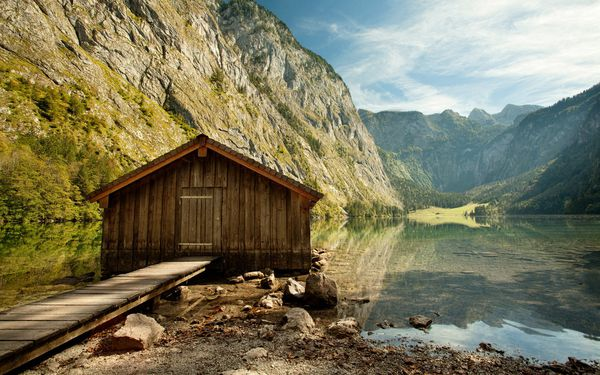 Обои House of wood, Lake, quiet, mountains, water