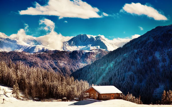 Обои winter, blue sky, mountains, clouds