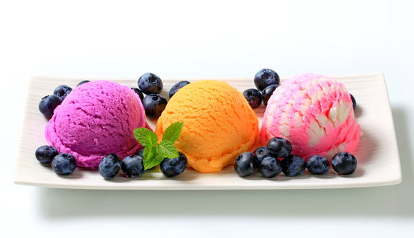 Обои ice cream, delicious, sweet, fruit, berries, plate, colorful, dessert, yummy