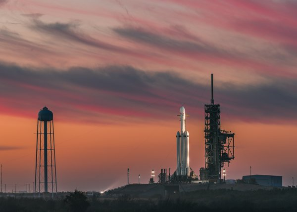 Обои USA, clouds, sky, SpaceX, space, sunset, Cape Canaveral, twilight, Florida, rocket, launch pads, evening, Falcon Heavy