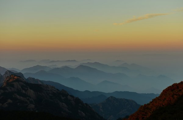 Обои Huangshan, clouds, Mountains, Anhui, Mountain Range, Sunrise, China, fog