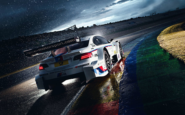 Обои Morning, Rain, Track, DTM, White, Team, Competition, M Power, Race, BMW