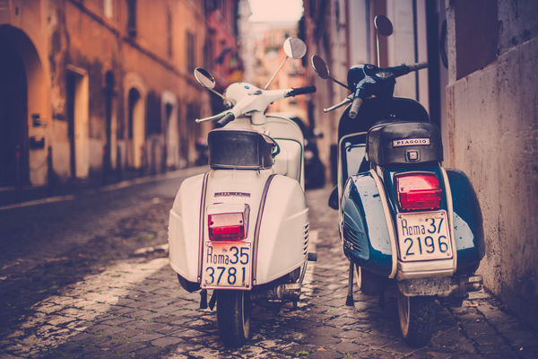 Обои Jamie Frith, retro, photographer, мотороллер, Rome, мопед, Рим, photo, Piaggio