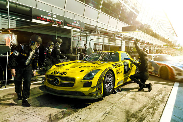 Обои Mercedes-Benz, Race, Russian, Viatti, GT, Team, Yellow, AMG, Pit, GT3, Stop, SLS