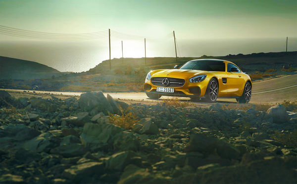 Обои Mercedes-Benz, Sea, Sun, 2015, Road, Yellow, GT S, AMG, Day