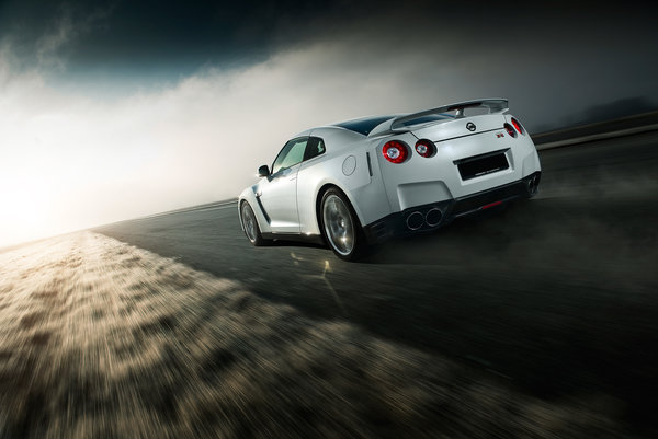 Обои Nissan, Car, White, Norway, Speed, Sport, Road, GTR, Rear, R35
