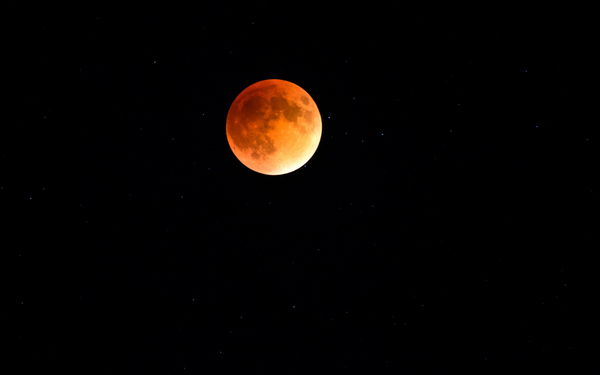 Обои Red Moon Eclipse, ночь, луна