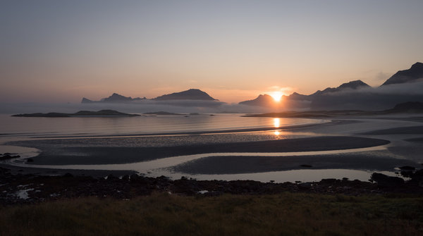 Обои Yttersand Beach, Morning Fog, Fredvang Lofoten Islands, Norway