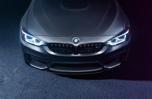 Обои BMW, Car, Light, Mode, M4, Parking, Bridge, Front, Carbone